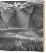 Yosemite Morning Sun Rays Wood Print