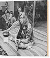 David Bowie At Bingeheimer Party Wood Print