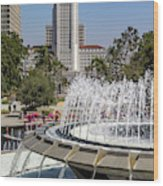 Los Angeles City Hall And Arthur J. Will Memorial Fountain Wood Print