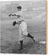 Lou Gehrig Playing First Base Wood Print