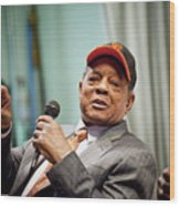 Willie Mays And The World Series Trophy Wood Print