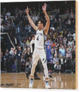 New York Knicks V Memphis Grizzlies Wood Print