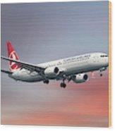 Turkish Airlines Boeing 737-9f2 Wood Print