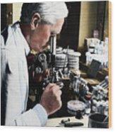 Alexander Fleming At Microscope Wood Print