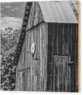 An American Barn Bw Wood Print