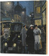 An Evening Stroll On The Boulevard Wood Print