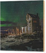 Aurora Over The Radio Station Wood Print