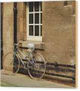 bicycle in Edinburgh close Wood Print