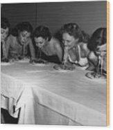Broadway Showgirls Eating Spaghetti Wood Print