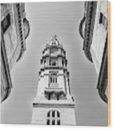 City Hall In Center City Philadelphia In Black And White Wood Print