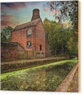 Coalport Bottle Kiln Sunset Wood Print
