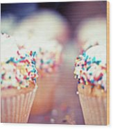 Cupcakes Wood Print
