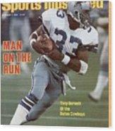 Dallas Cowboys Tony Dorsett... Sports Illustrated Cover Wood Print