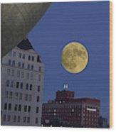 Full Moon At The Plaza Wood Print