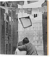 Glasgow Romance Wood Print