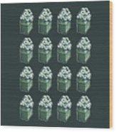 Green Present Pattern Wood Print