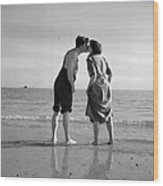 Honeymoon Kiss Wood Print