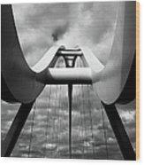 Infinity Bridge Wood Print