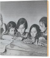 Jewish Teacher With Her Girl Students Wood Print
