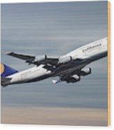 Lufthansa Boeing 747-430 Wood Print