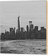 Manhatta, New Jersey And The Statue Of Liberty Wood Print