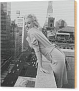 Marilyn On The Roof Wood Print