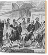 Men Work To Extract Opium In China Wood Print