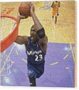 Michael Jordan Goes Up For The Dunk Wood Print