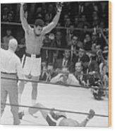 Muhammad Ali Knocks Out Cleveland Wood Print