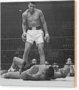 Muhammad Ali Taunting Sonny Liston Wood Print