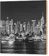 New York City Nyc Skyline Midtown Manhattan At Night Black And White Wood Print