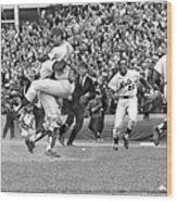 N.y. Mets Defeat The Baltimore Orioles Wood Print