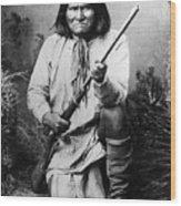 Portrait Of Apache Chief Geronimo Wood Print