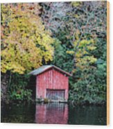 Red Boathouse Wood Print
