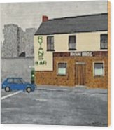 Ryans Pub And Swords Castle Painting Wood Print