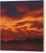 Fire In The Sandusky Sky Wood Print