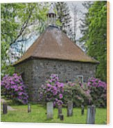 Spring At The Crispell Memorial French Church Wood Print