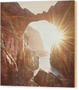Sunflare Through Arch Of Keyhole Wood Print