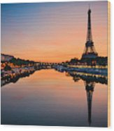 Sunrise At The Eiffel Tower, Paris Wood Print