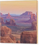 Sunrise In Hunts Mesa Monument Valley Wood Print