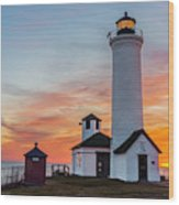 Tibbetts Point Light At Sunset Wood Print