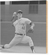 Tom Seaver In Pitching Stance Wood Print