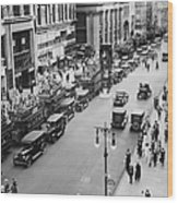 Traffic On Fifth Avenue In 1923 Wood Print