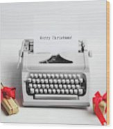 Typewriter With Merry Christmas Text And Gifts Wood Print