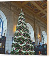 Union Station Decorates For Christmas In Kansas City Wood Print
