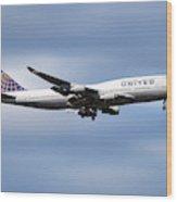 United Airlines Boeing 747-422 Wood Print