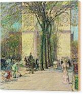 Washington Arch, Spring - Digital Remastered Edition Wood Print