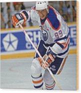 Wayne Gretzky In Action Wood Print