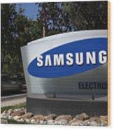 Trial Begins In Apple-Samsung Patent Battle Wood Print