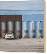 US-Mexico border fence Wood Print